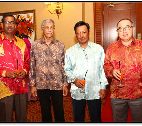 From Left to Right. Mr Subramaniam (KLIA Consult), Mr Ashok Kumar (Air Asia Berhad), Mr Roslan Sarip (WCT Berhad), Mr Abdul Malek Abd Aziz (KLIA Associates)