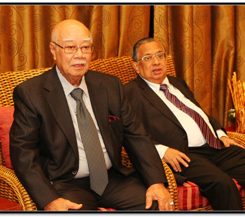 From Left to Right.  Tan Sri Dato' Dr. Mohd Noor bin Ismail (Treadwinds Berhad), Tan Sri Clifford Francis Herbert (Genting