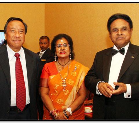From Left to Right.  Datuk Ir. Hamzah Hasan (Lembaga Lebuhraya Malaysia), Datin Seri Indrani Samy  Vellu, Dato' Seri Samy Vellu Sangalimuthu